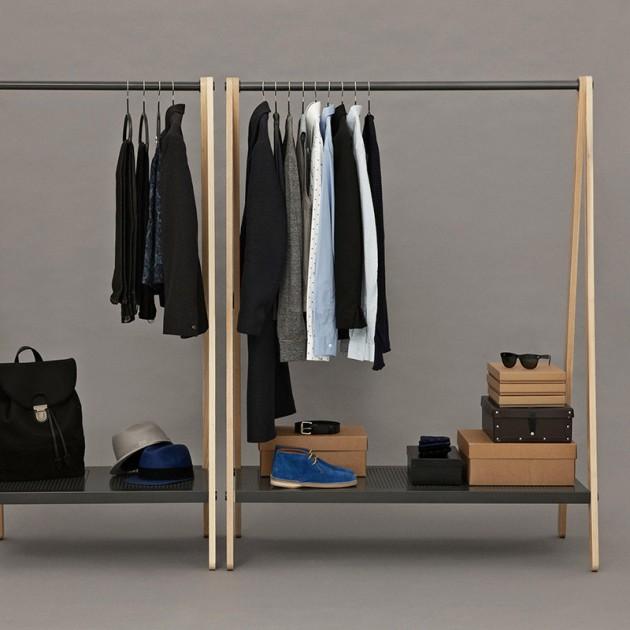 Ambiente con Toj Clothes Rack color negro de Normann Copenhagen