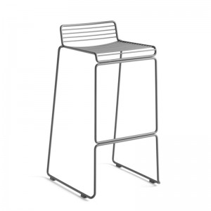 Taburete Hee Bar stool asphalt grey de HAY en Moises Showroom