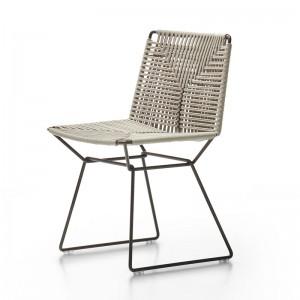 Silla Neil Twist Chair de MDF Italia crudo estructura negro