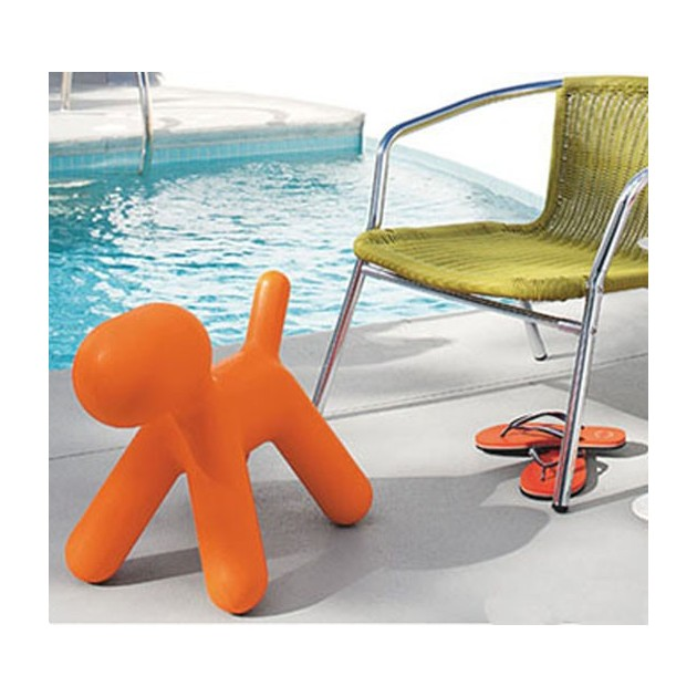 Puppy mediano naranja en piscina Magis Me Too